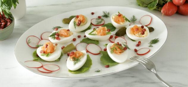 huevos rellenos con salmon
